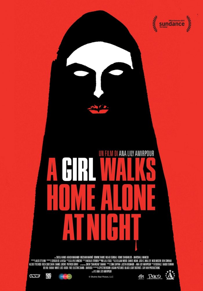 A girl walks home alone at night | Immaginarti